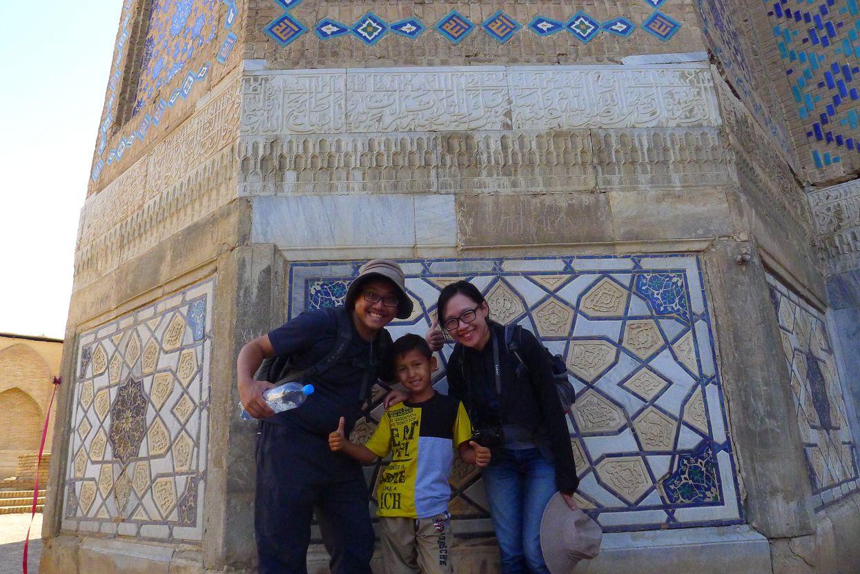最後還遇到一個可愛的小男孩跟我們合照